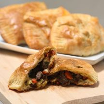 Steak & Cheddar Hand Pies and an Evening with Kerrygold