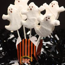 All-Natural Marshmallow Ghosts