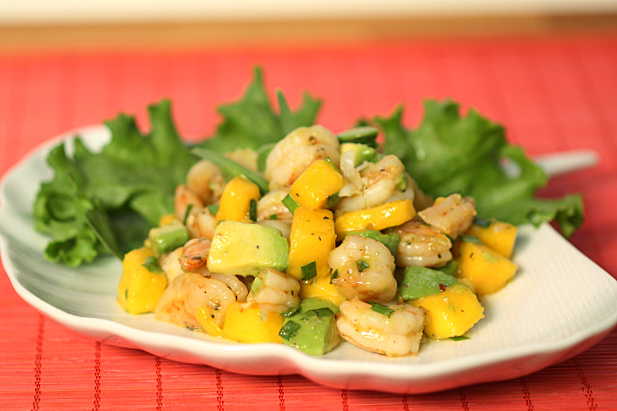Tea-Smoked Shrimp Salad With Mango Recipe — Dishmaps