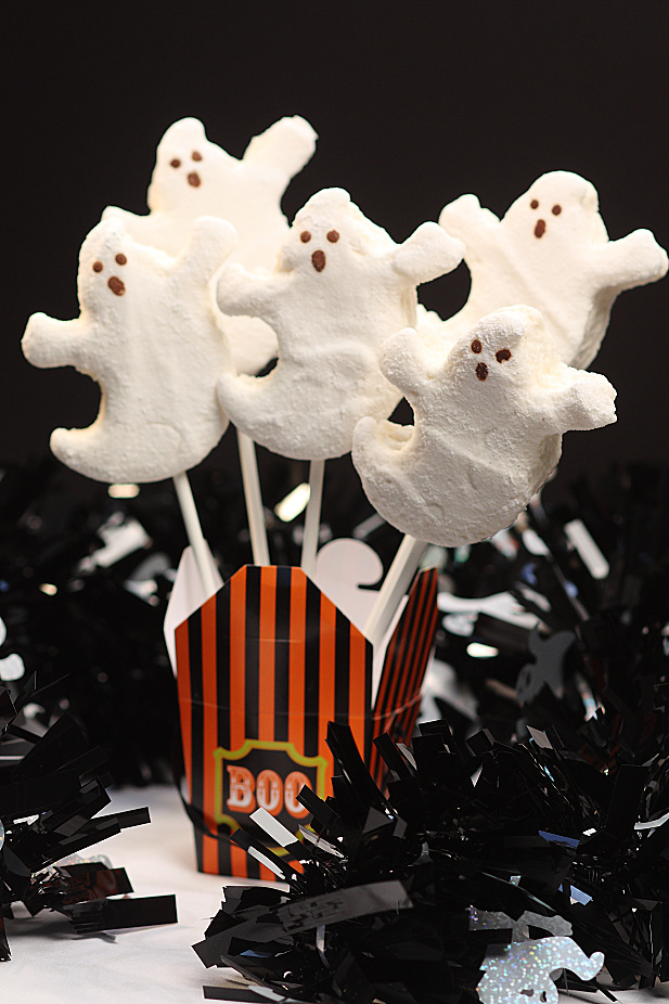 All Natural Marshmallow Ghosts
