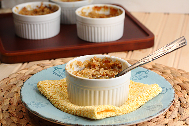 Apple Cheddar Crumble