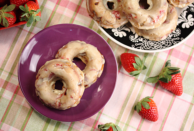 Baked Strawberry Balsamic Donuts