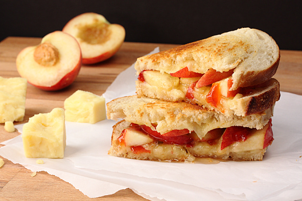 Peach & Red Pepper Jelly Grilled Cheese