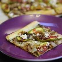 Friday Favorites: Fig & Caramelized Onion Tart