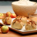 Crimson Gold Mini Apple Pie Bites